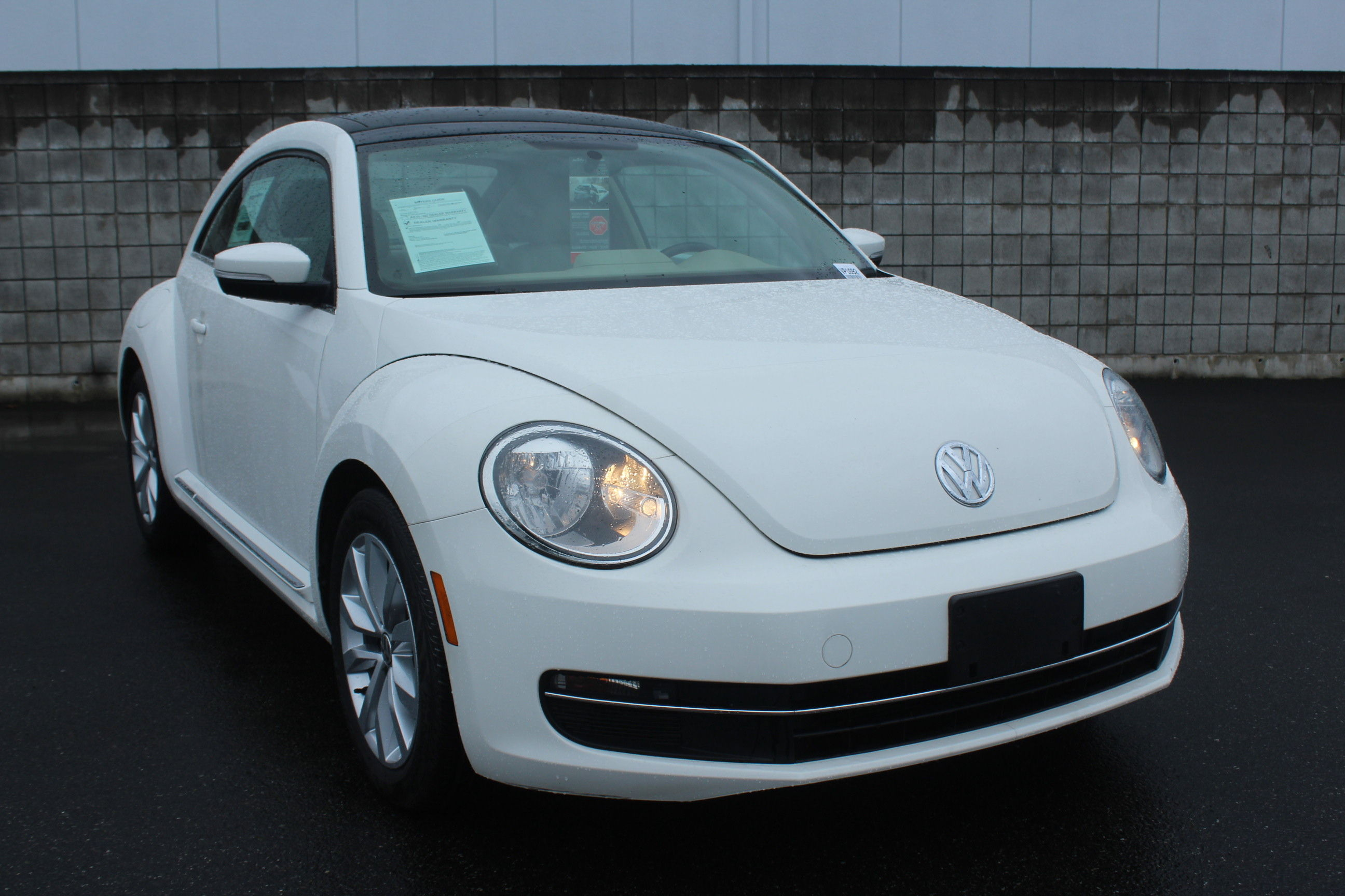 Certified Pre-Owned 2013 Volkswagen Beetle Coupe TDICMF
