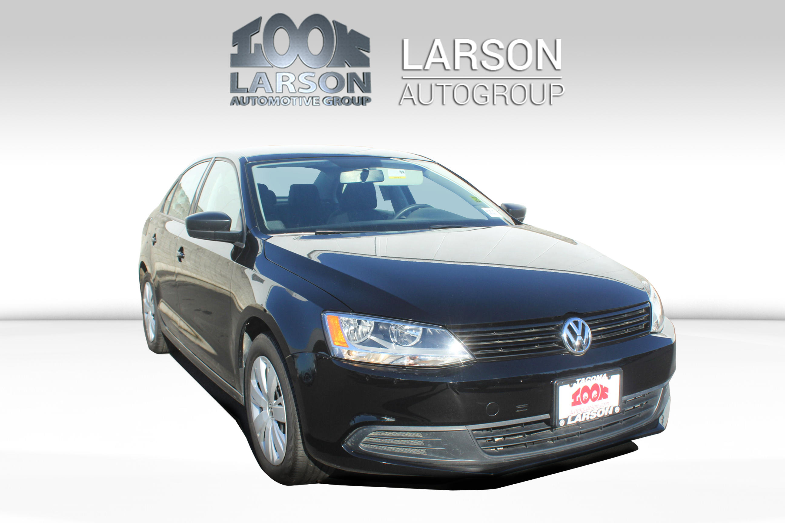 Certified Pre-Owned 2014 Volkswagen Jetta Sedan TDIHIG