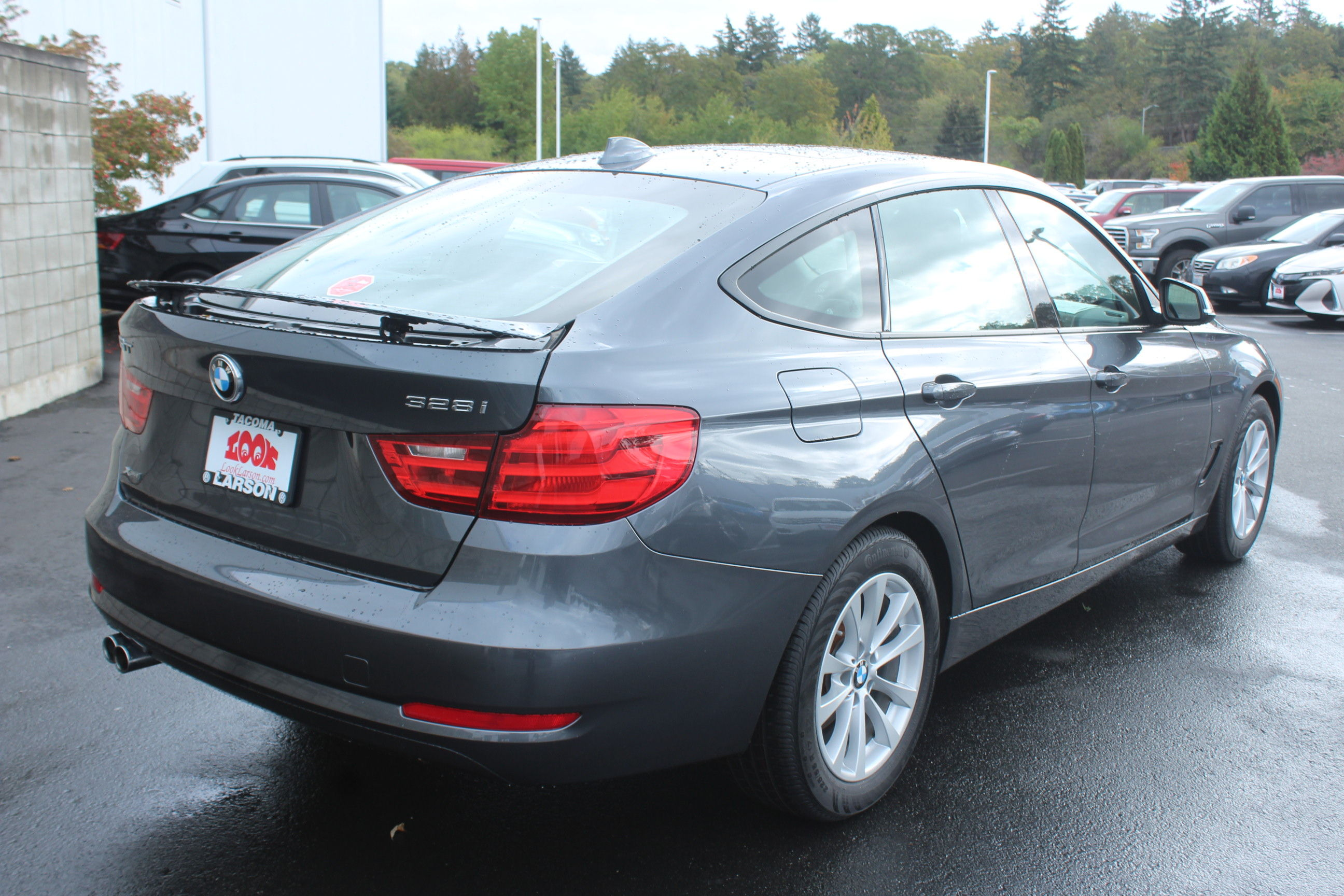Pre Owned 2015 BMW 3 Series Gran Turismo 328i xDrive Hatchback in